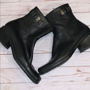 Bandolino Black Ankle Leather Boots 10M
